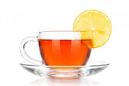 Tè deteinato: proprietà e benefici
